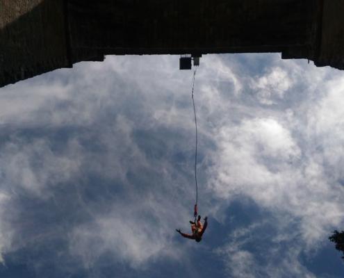 saut élastique seajump expérience vertigineuse saut viaduc